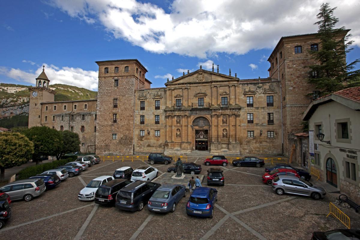 Ou00f1a01. Monasterio de San Salvador de Ou00f1a