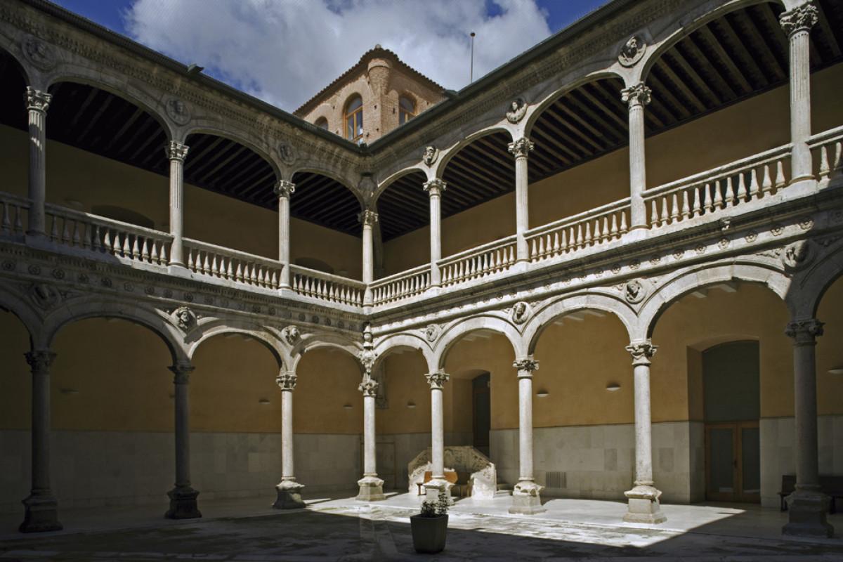 Medina del Campo21. Palacio de los Dueu00f1as