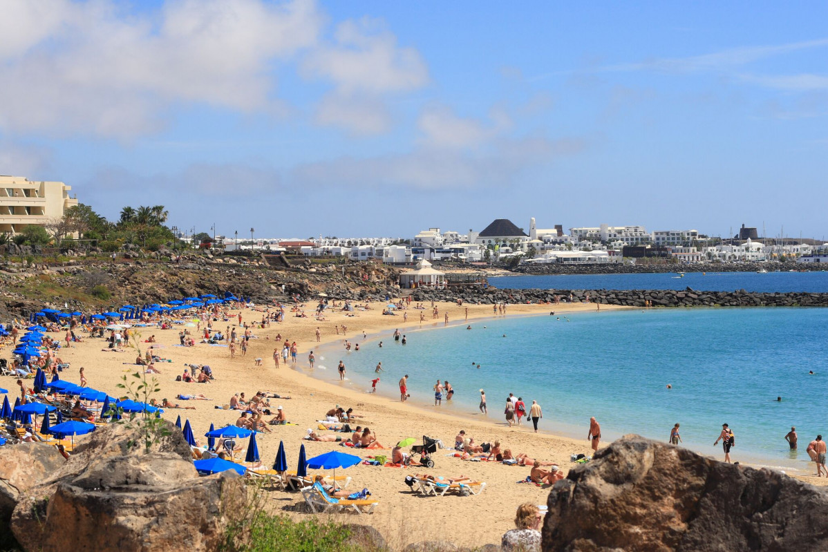 Playa Blanca   Lanzarote   Cru00e9dito Flickr Creative Commons   Jonny preview