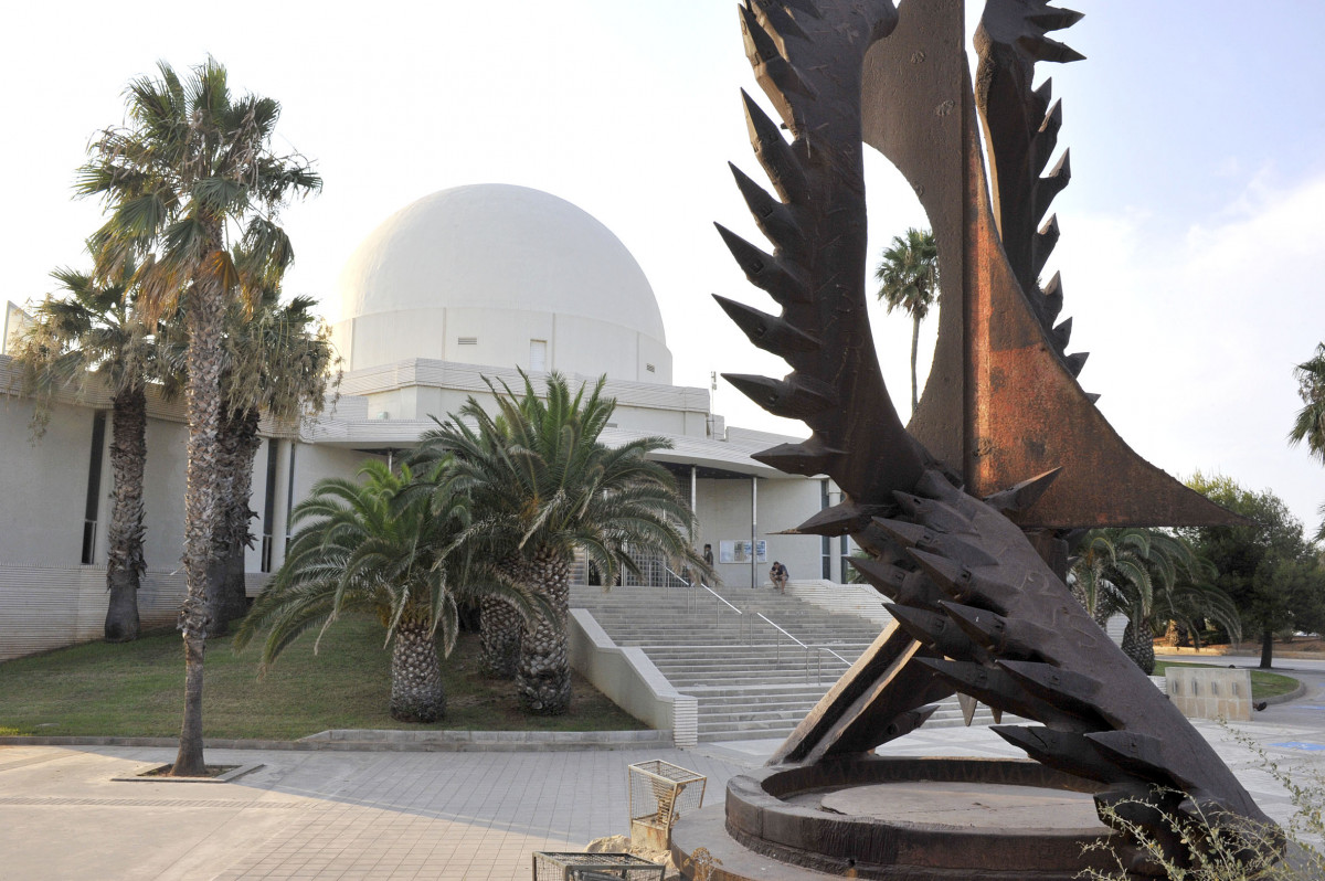 Planetario Exteriores (slowphotos.es) 02