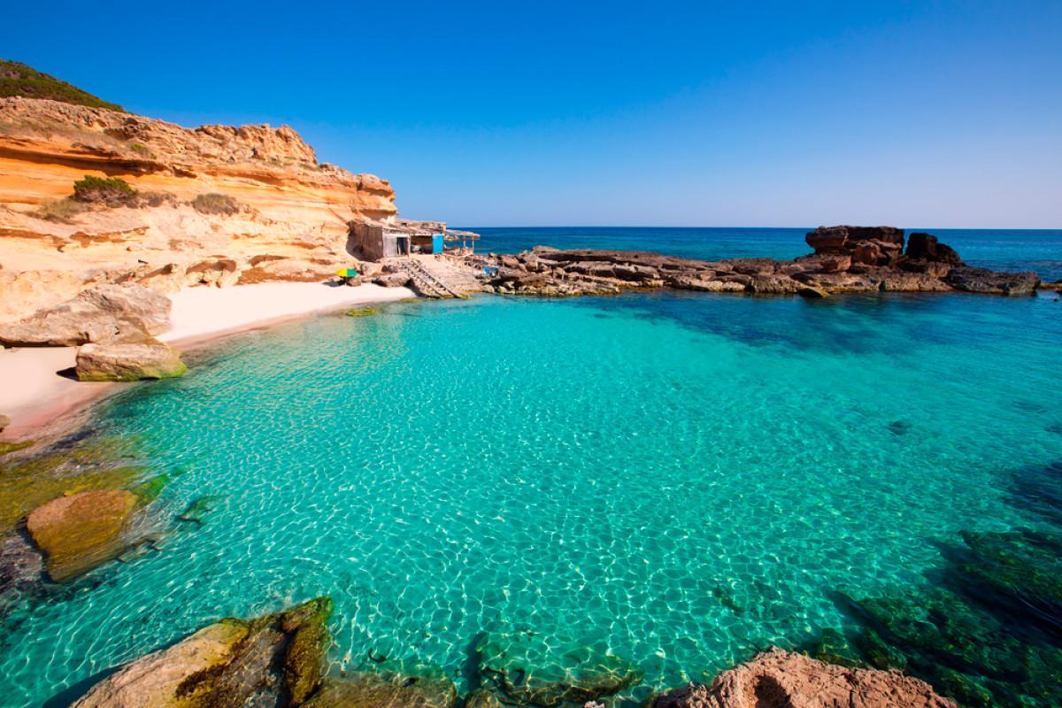 Cala Es Calo Formentera