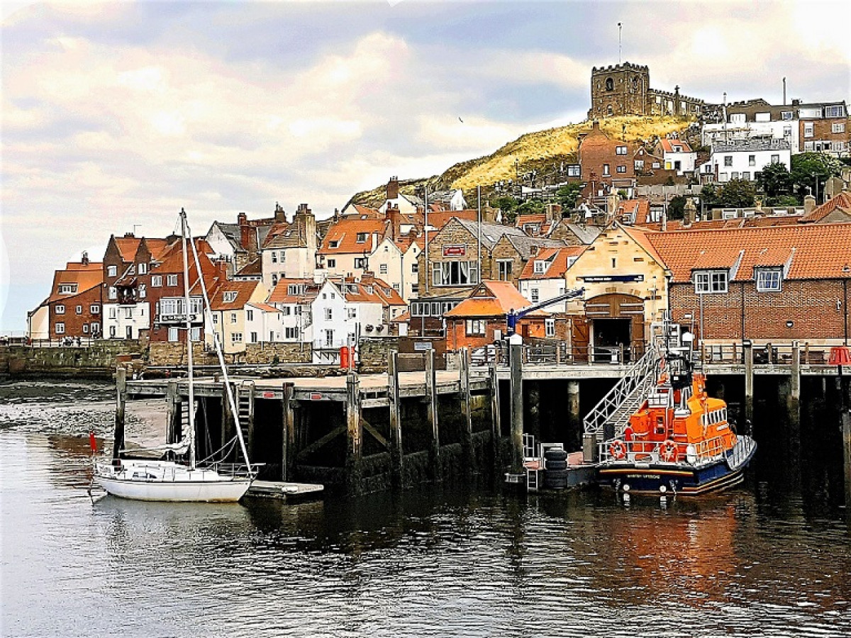 WHITBY 4