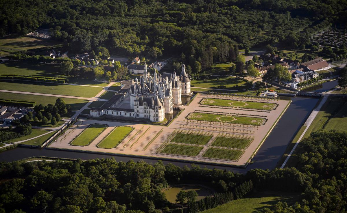 Chateau Chambord Vol Montgolfiere u00a9L de Serres