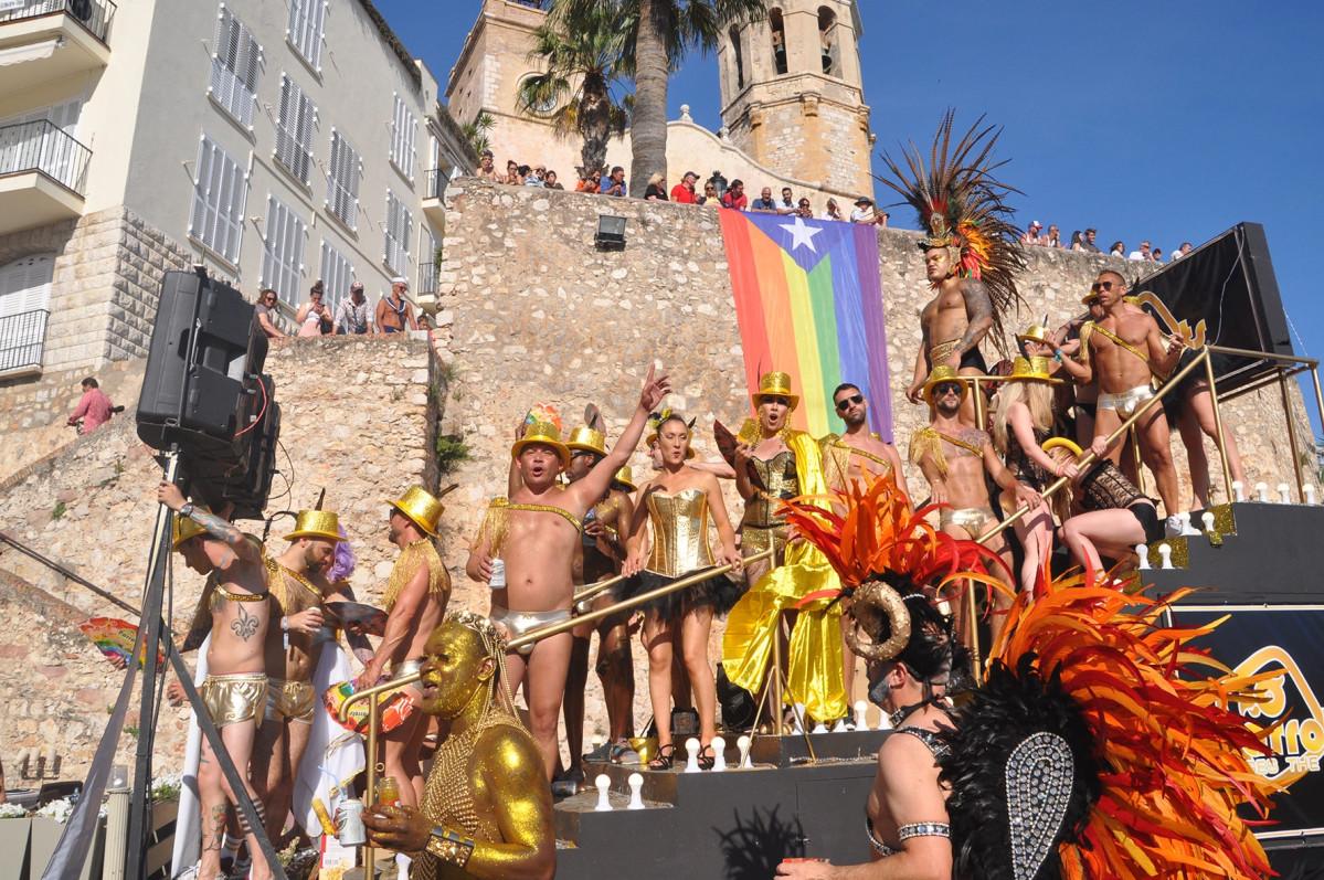 03 Rua Gay Pride Sitges min