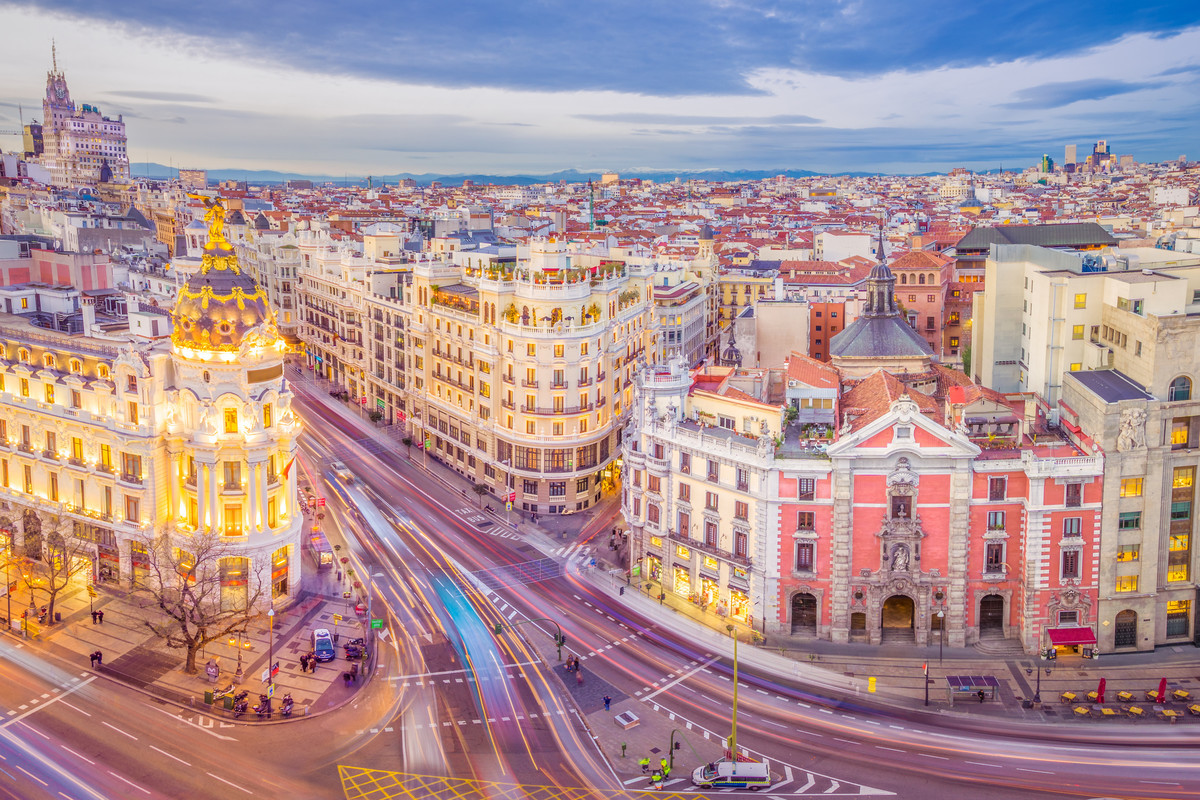 DEST SPAIN MADRID CALLE DE ALCALA GRAN VIA shutterstock premier 554453284 Universal Within usage period 34849